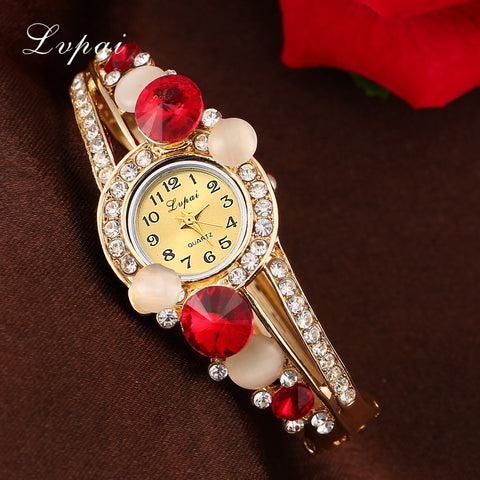 Lvpai Top Brand Watches Women Fashion Bracelet Classic Alloy Rhinestone Wristwatch Women Dress Watches Fashion Gift Quartz Watch
