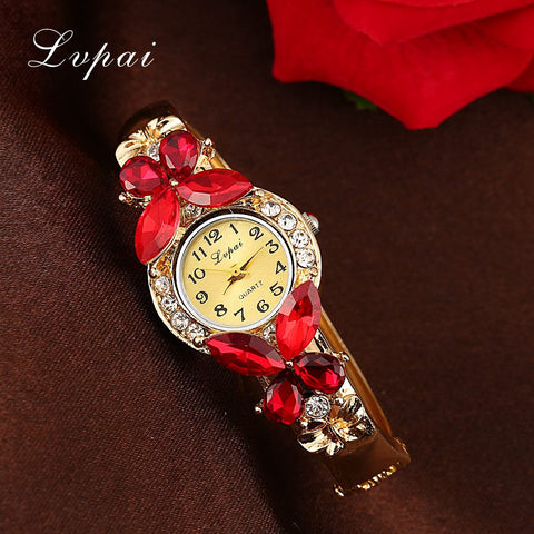 Lvpai Watches Women Fashion Rhinestone Butterfly Watch Bracelet Watch Wristwatch Cheap Electronic Clock Women Dress Watches