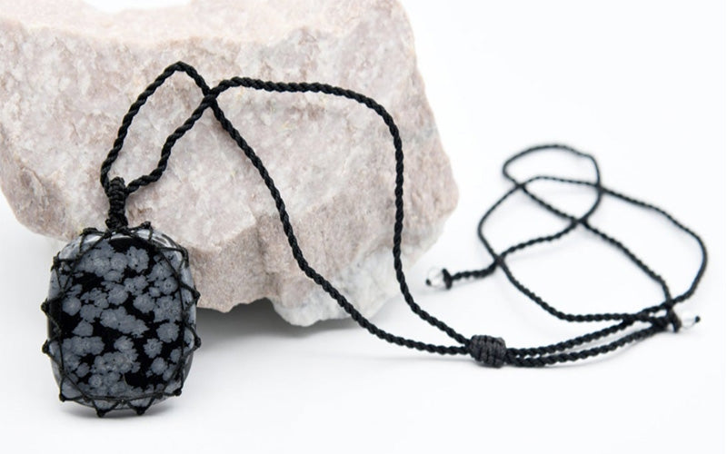 Snowflake Obsidian Jewelry: Meaning Properties and Benefits