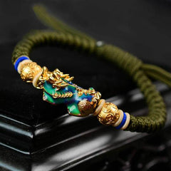 How to wear a Feng Shui Pixiu - Pixiu Color-Changing Wealth Abundance Bracelet