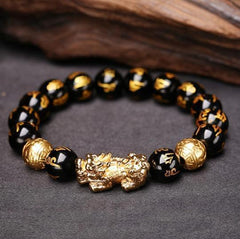 How to wear a Feng Shui Pixiu - Feng Shui Pixiu Mani Mantra Black Obsidian Wealth Bracelet