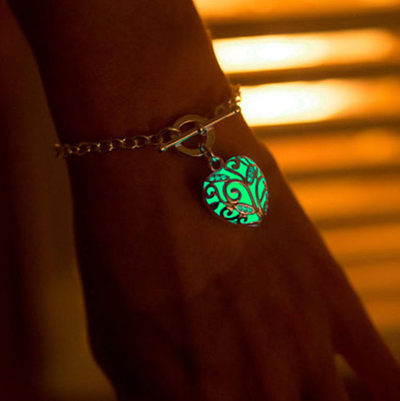 Glowing In The Dark Heart Bracelet - Mint & Dream
