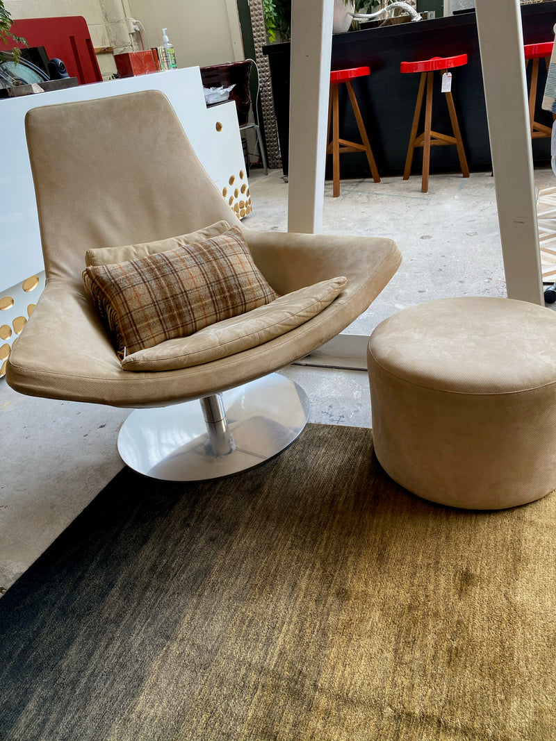 B&B Italia 'Metropolitan' Chair and Ottoman by Jeffrey Bernett