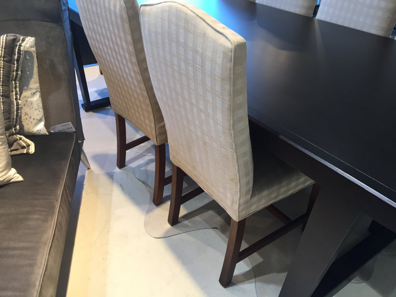Designer's Collection Classic Dining Chair