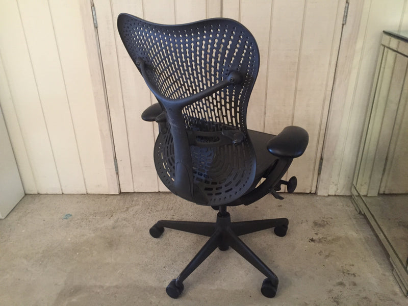 Herman Miller 'Mirra 2' Triflex Office Chair