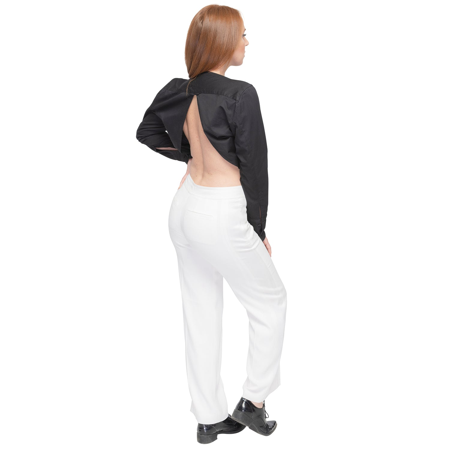 Women's Long Sleeve Top with Open Back in Black - casacomostyle