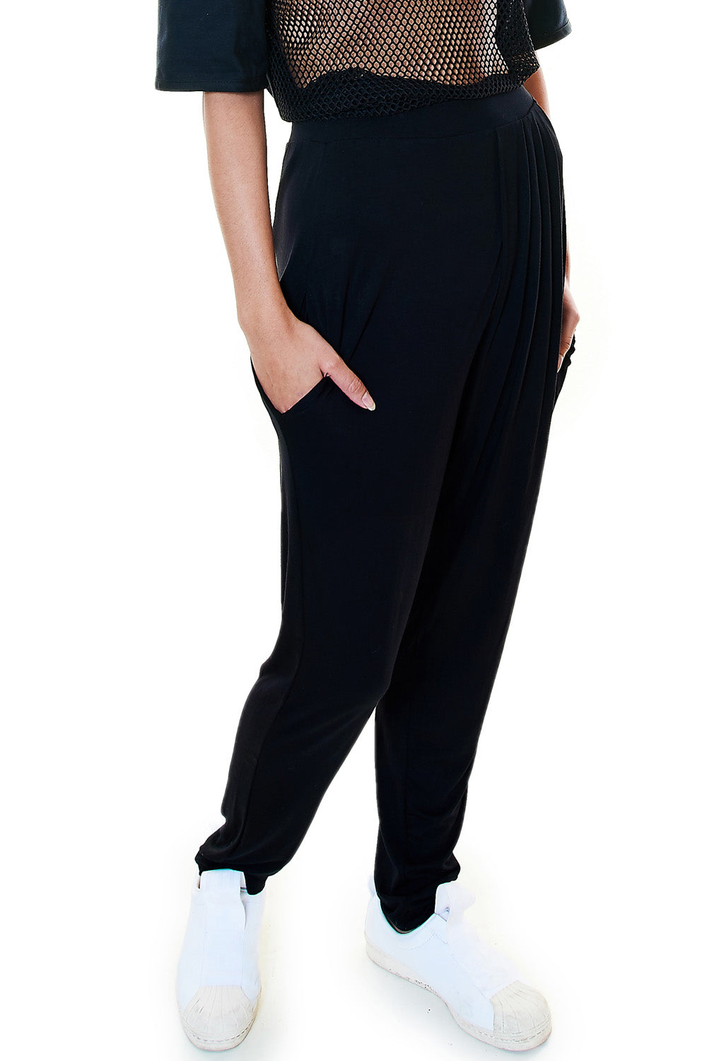 Black Pleated Pants - casacomostyle