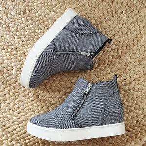 Up Your Style Hounds-Tooth Wedge Sneaker