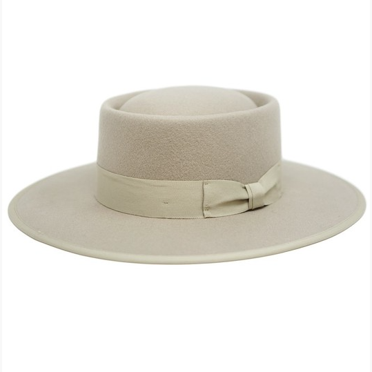 women's beige felt hat