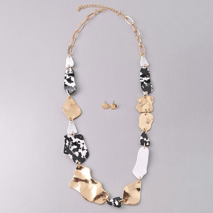 On Another Level Black & White Necklace