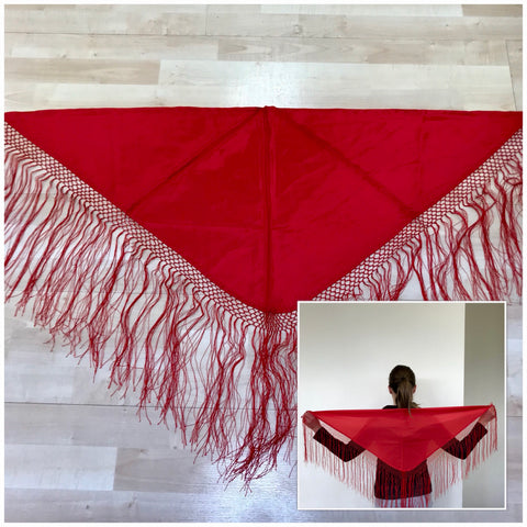 Flamenco shawl