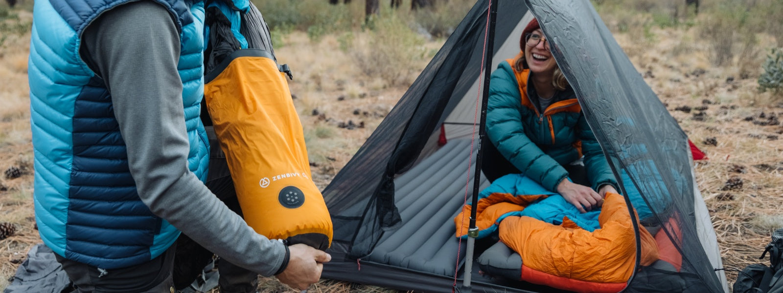 This is no ordinary stuff sack. The Zenbivy Dry Sack features fully-welded seams for a watertight seal you can trust, instant compression through its patent pending quick Air Dump Valve, and durable yet lightweight construction.