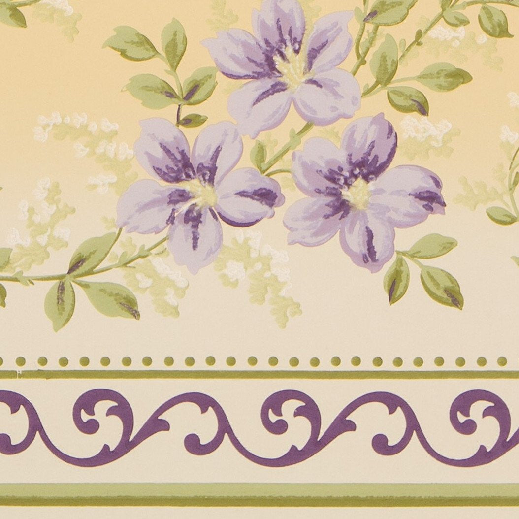 Delicate Scrolling Floral Frieze - Antique Wallpaper Remnant