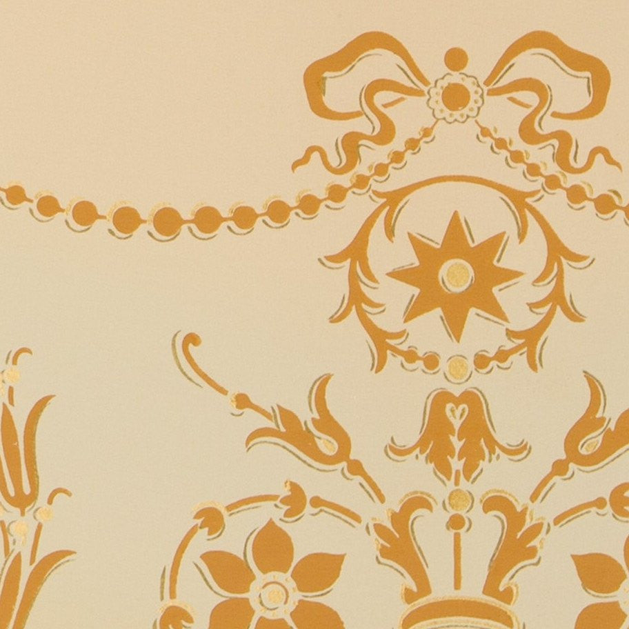 Blended Frieze with Delicate Swags/Florals - Antique Wallpaper Remnant