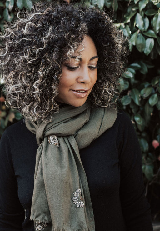 Oprah Scarf in Night / Khaki