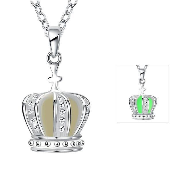 Queen Crown Necklace 2