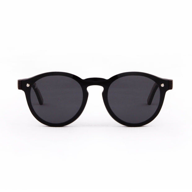 Komodo - ORIGEM sunglasses in dark bamboo and grey polarized lens - front view