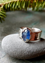 Kyanite Ring in Rhodium