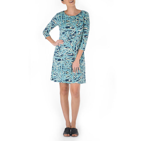 AKA SHORT 3/4 SLEEVE SHEATH DRESS