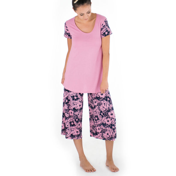 'IOLANI x HELLO KITTY PUA TEE + PANT SET