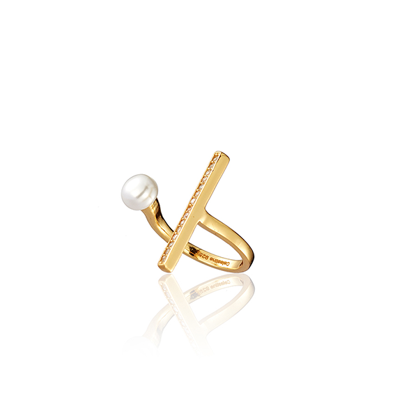 Baguette Pearl Ring Gold
