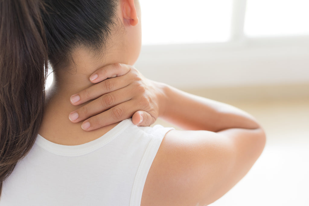 How To Relieve Neck Pain Naturally: Top 7 Tips