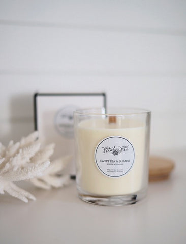 Petal and Pod Signature Candle - Sweet pea and Jasmine