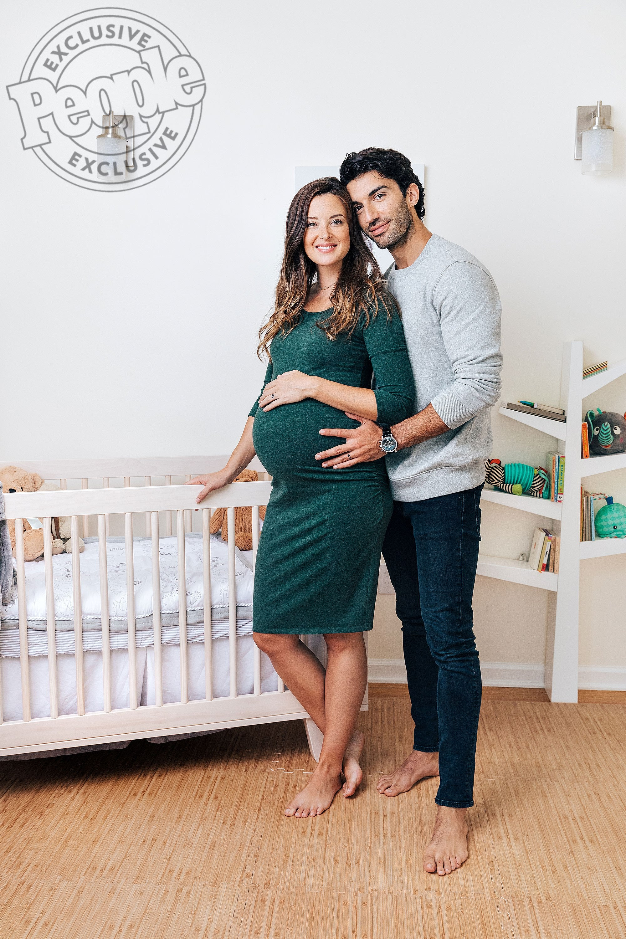 People Justin And Emily Baldoni S Bright Nursery Babyletto