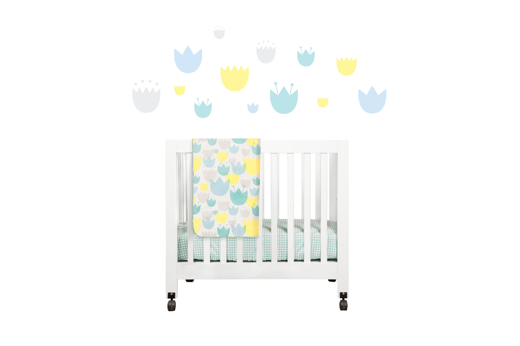 T11035,Tulip Garden Mini Crib Sheet