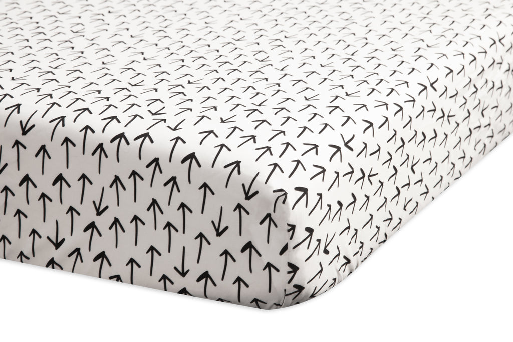 T11560,Tuxedo Arrows Fitted Crib Sheet in Arrow Print