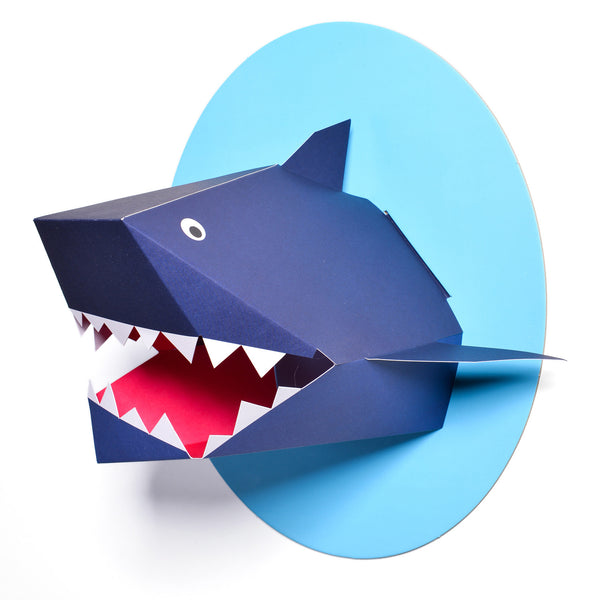 T19018,Oceanography Xander the Shark Paper Bust