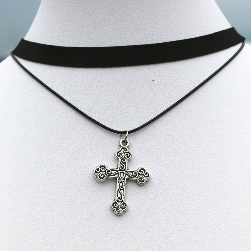 Gothic Cross Choker Necklace - Exotic Land Imports