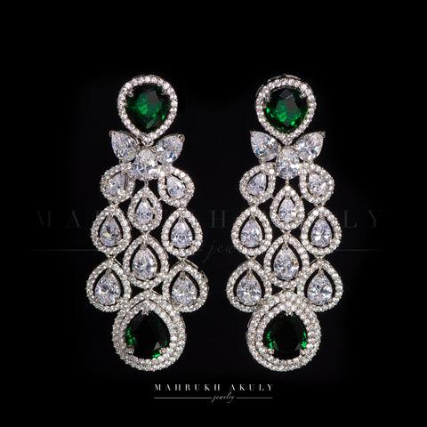 Emerald zirconium earrings