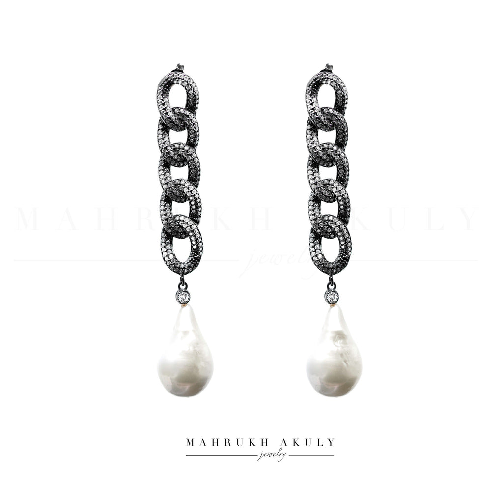 Chain link pearl drops
