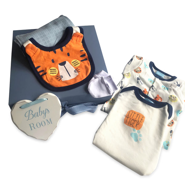 'Little Tiger' Theme Baby Boy Gift Box - 6 pieces
