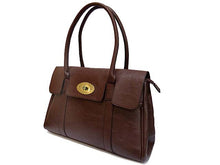 A-SHU BROWN LEATHER EFFECT CLASSIC HANDBAG WITH TWIST-LOCK CLOSURE - A-SHU.CO.UK