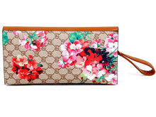 DESIGNER STYLE FLORAL PRINT CLASP CROSS-BODY CLUTCH BAG WITH WRIST STRAP - TAN