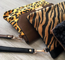 A-SHU FAUX FUR LEOPARD PRINT ENVELOPE CLUTCH BAG WITH WRISTLET AND LONG CROSS BODY SHOULDER STRAP - BROWN - A-SHU.CO.UK