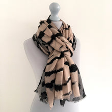 A-SHU LARGE PALE PINK ZEBRA AND LEOPARD PRINT SHAWL SCARF - A-SHU.CO.UK