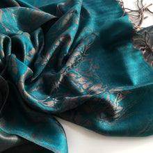 A-SHU TEAL REVERSIBLE PASHMINA SHAWL SCARF IN ABSTRACT PRINT - A-SHU.CO.UK