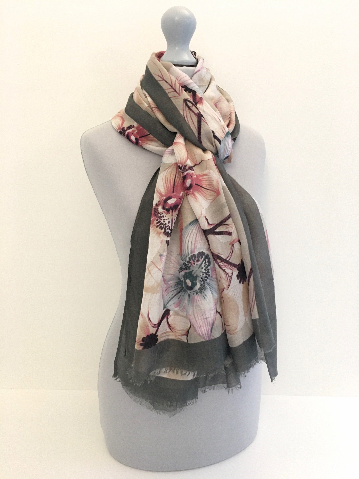 A-SHU LARGE GREY BORDER FLORAL PRINT SCARF - A-SHU.CO.UK