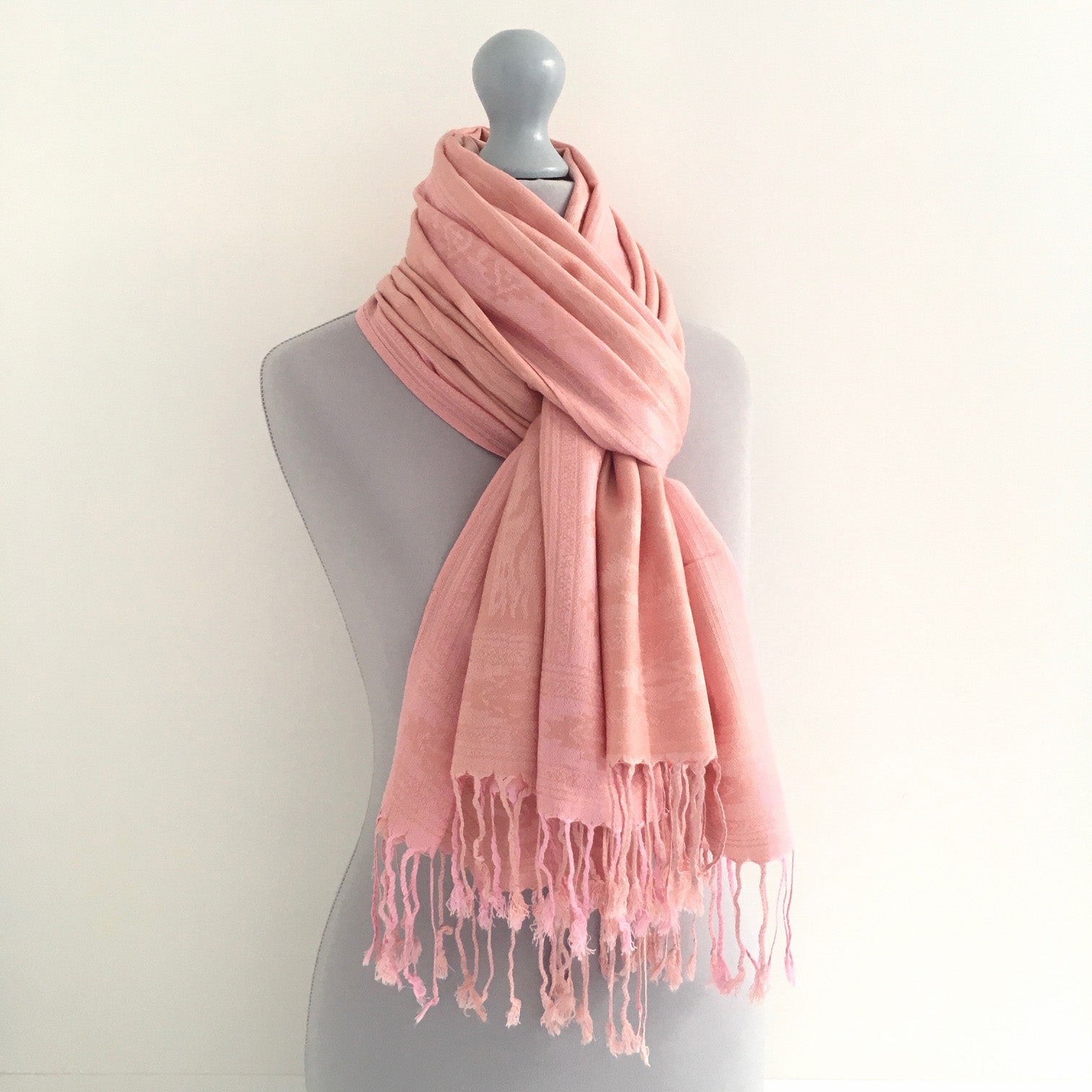 A-SHU PINK ANIMAL PRINT REVERSIBLE PASHMINA SHAWL SCARF - A-SHU.CO.UK