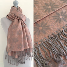 LARGE ROSE GOLD FLORAL DAISY PRINT GEOMETRIC REVERSIBLE PASHMINA SHAWL SCARF