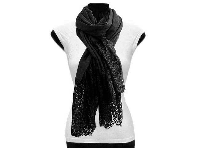 LARGE BLACK LACE DETAIL LIGHTWEIGHT SCARF