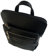 PLAIN MULTI COMPARTMENT BACKPACK - BLACK