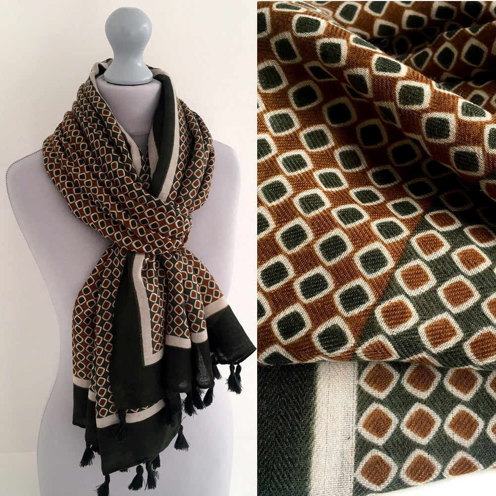 LARGE KHAKI GREEN DIAMOND PRINT SHAWL SCARF WITH TASSELS