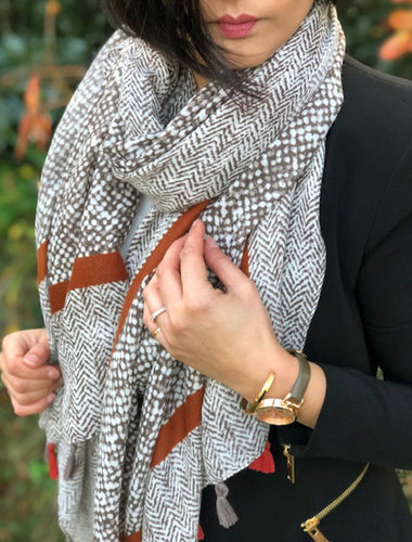 LARGE RUST HERRINGBONE TRIBAL PRINT SHAWL SCARF WITH TASSELS