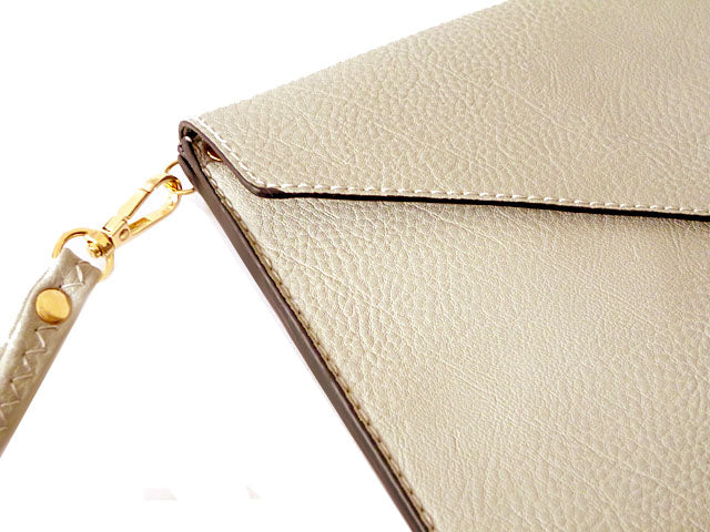 A-SHU LIGHT GREY OVER-SIZED ENVELOPE CLUTCH BAG WITH LONG CROSS BODY AND WRISTLET STRAP - A-SHU.CO.UK