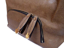 SMALL TAUPE LEATHER EFFECT MULTI-COMPARTMENT HANDBAG WITH LONG STRAP