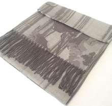 A-SHU SILVER GREY REVERSIBLE PASHMINA SHAWL SCARF IN ABSTRACT FLORAL PRINT - A-SHU.CO.UK